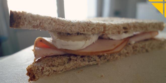 Jambon Chèvre Pain Complet Petit Déjeuner